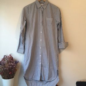 Everlane cotton Poplin shirt size 2